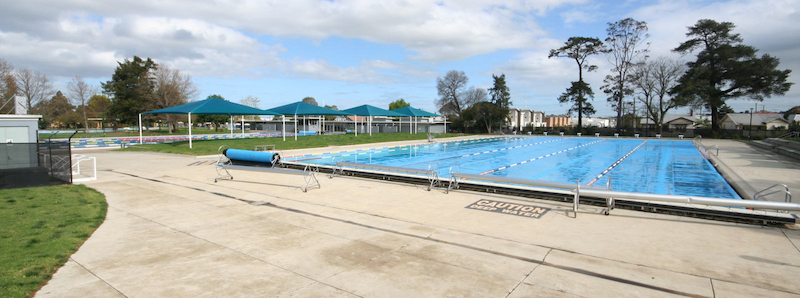 Public Swimming Pool, Geelong