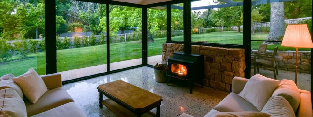 Elm Tree Lodge Beechworth Lounge